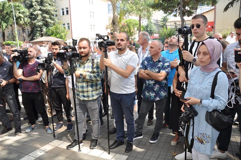 Beş Yıldızlı Kuzey Göz Hastalıkları Merkezi Trabzon'da Açıldı galerisi resim 107