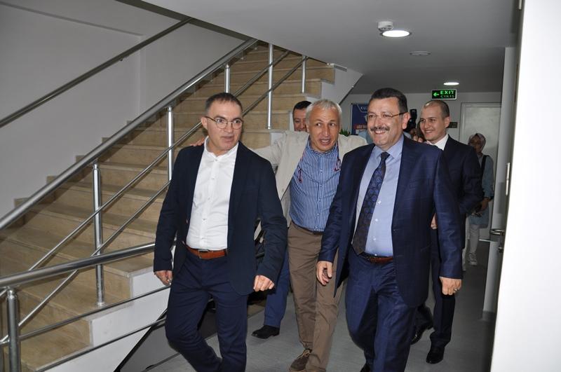 Beş Yıldızlı Kuzey Göz Hastalıkları Merkezi Trabzon'da Açıldı galerisi resim 167