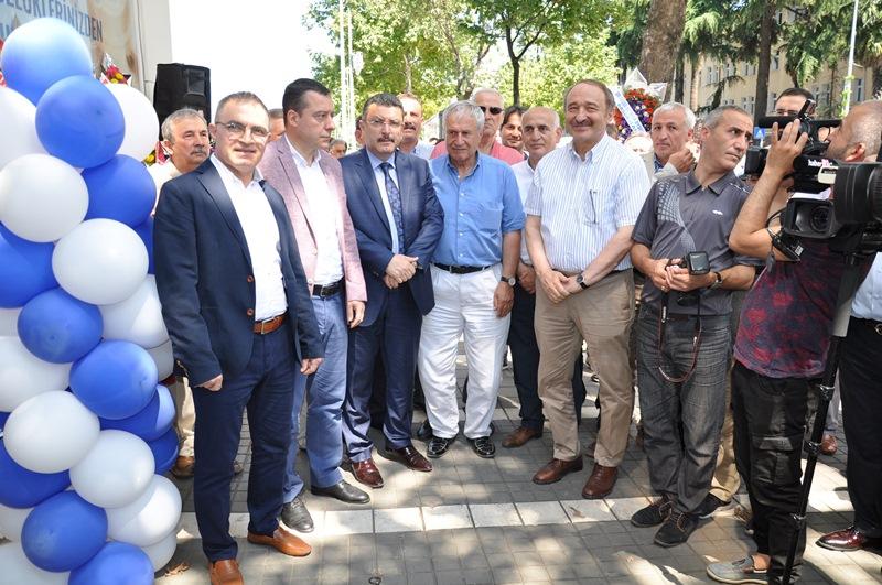 Beş Yıldızlı Kuzey Göz Hastalıkları Merkezi Trabzon'da Açıldı galerisi resim 71