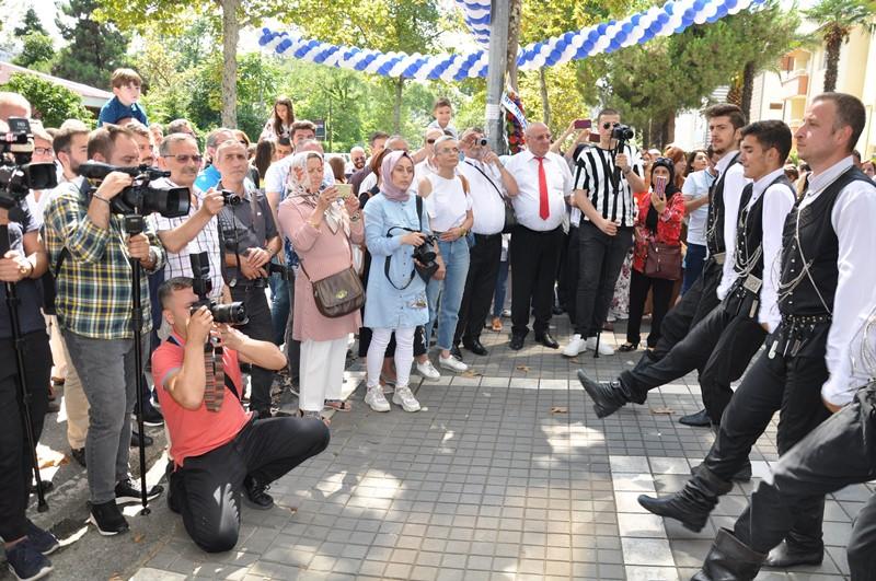 Beş Yıldızlı Kuzey Göz Hastalıkları Merkezi Trabzon'da Açıldı galerisi resim 91