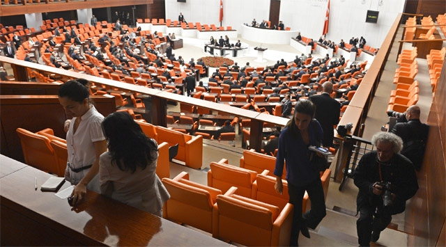 'Suriye' Tezkeresi Meclis'ten Geçti