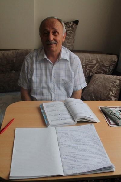 73 Yaşında 3. Üniversiteyi Okuyor.