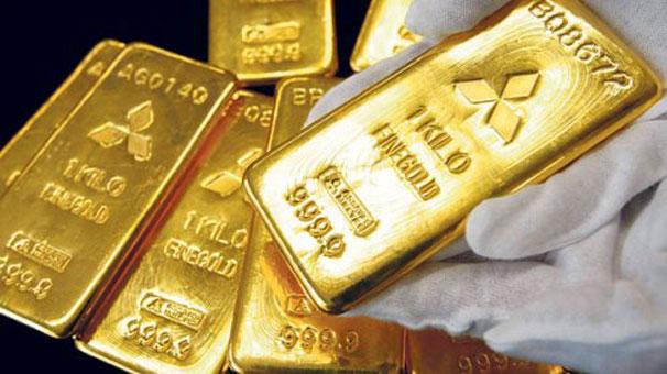 Altının onsu 1.700 doların altını gördü