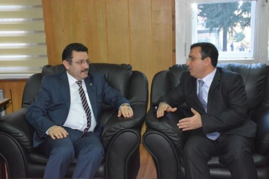 """Başkan Genç'ten Çınarka'ya """"Hayırlı Olsun """" Ziyareti"""