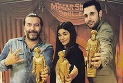 """""""Beni Böyle Sev"""" 2015'e Ödülle Başladı"""