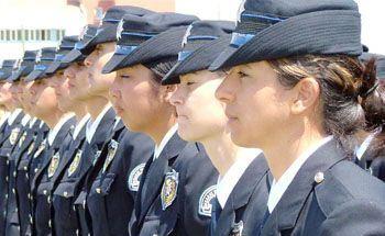 Kısa boylu bayanlara polis olma müjdesi