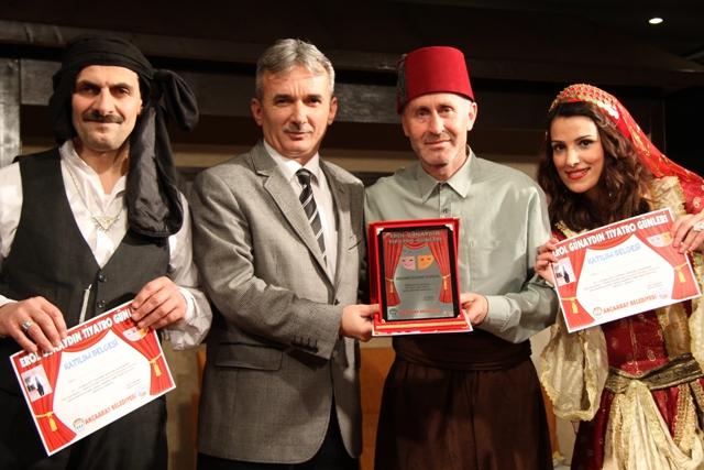 1 - 10 Mart 2013 Tarihleri Arasında Akçaabat Tiyatroya Doyacak