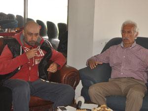 Tolunay Kafkas, Trabzonspor Profesyonel Futbolcular Derneği'ni ziyaret etti.