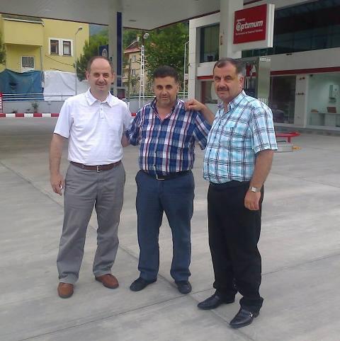 Farkını Yaratan Aytemiz Benzin İstasyonu Düzköy Yolu Üzerinde.