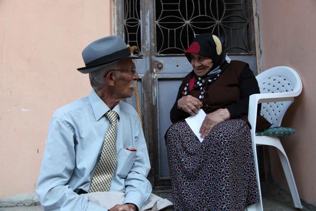 Köfteyi Esma Balcı Yoğurur Yapar Eşref Usta'da Satardı