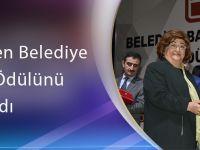 Başkan Gümrükçüoğlu 'En Beğenilen Belediye Başkanı' Ödülünü Aldı