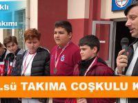 Akçaabat Kavaklı Ortaokulu Takımına Sürpriz Karşılama!