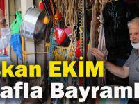 Başkan Ekim Esnafla Bayramlaştı