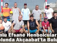 Trabzonlu Efsane Hentbolcular Plaj Hentbolunda Akçaabat'ta Bir Araya Geldiler.