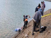 Zonguldak'ın Ereğli Limanı'ndan denize açılan balıkçı teknesinin ağlarına ceset takıldı.