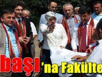 Milletvekili Ayşe Sula Köseoğlu, İlçe Ziyaretlerini Çarşıbaşı'nda Sürdürdü