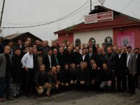 Ak Parti Akçaabat ' lı Minibüsçülerle Kahvaltı Yaptı