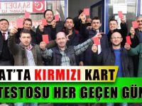 Kırmızı Kartlarımız,Adaletsiz Maç Yöneten Hakemlerimizedir.
