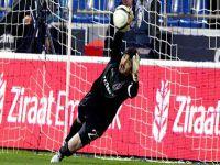 Beşiktaş Tolga Zengin İle Ön Protokol İmzaladı